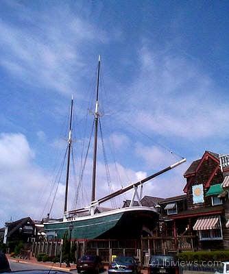 The Tivoli at he Schooner's Wharf