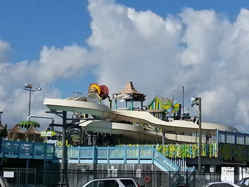 Thundering Surf Water Park in Beach Haven