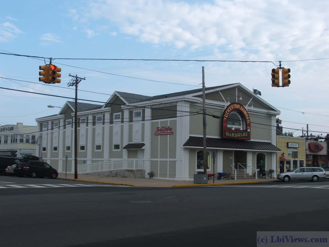 The Colonial Theater in Beach Haven circa 2007