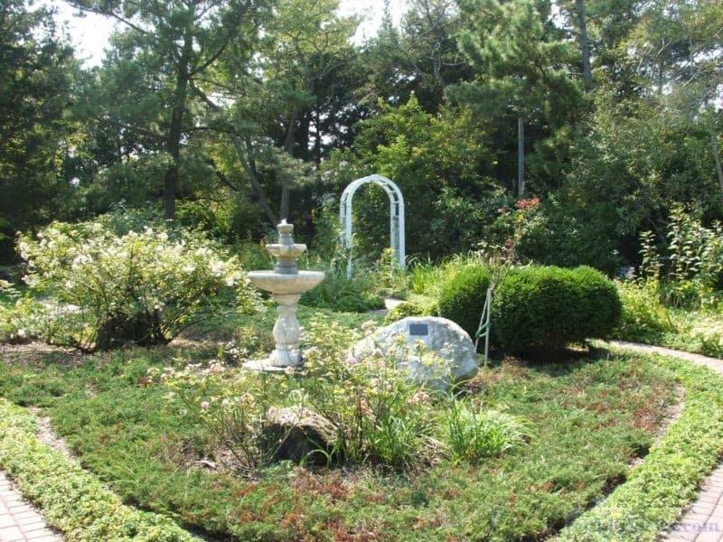 Gardens at the Barnegat Light Museum