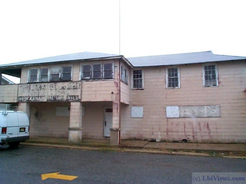 The Rip Tide / The Antlers in Beach Haven before demolition