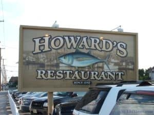 Howard's Restaurant Sign