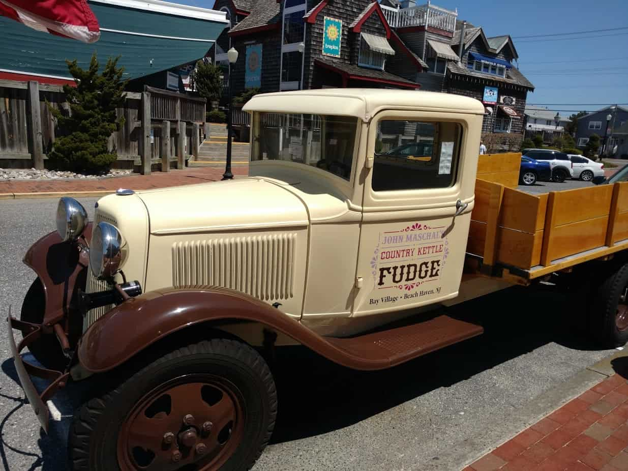 The Country Kettle Fudge Truck