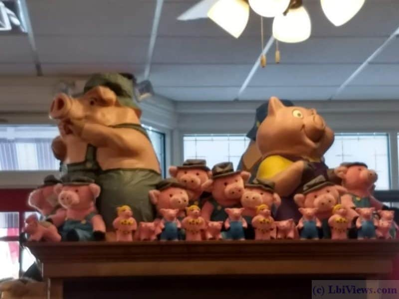 More Pigs at Uncle Wills Pancake House