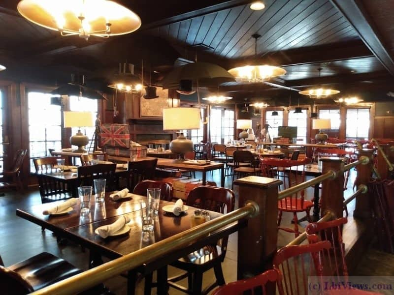 Dining Room - Tucker's Tavern in Beach Haven, NJ