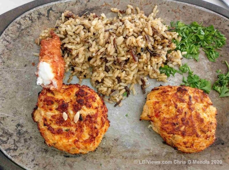 Howards Restaurant - Crab Cake Appetizer